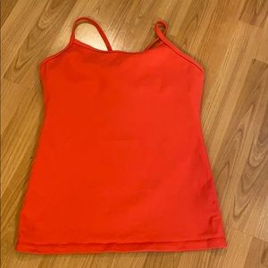 Lululemon Y-tank, red size 8